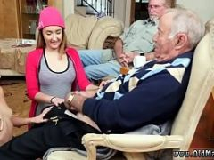 Old man massage by young girl first time Maximas Errectis