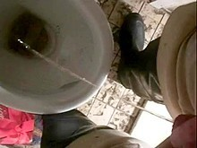 nlboots - reading, smokin\' and pissing on water closet
