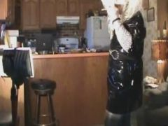 Big Beautiful Blonde Drag Queen Loves To Stroke It