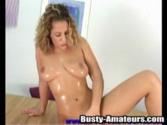 Breasty Anna is in the mood to masturbate