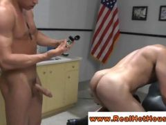 Athletic hunk pornstar getting drilled