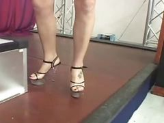Blonde performs foot service