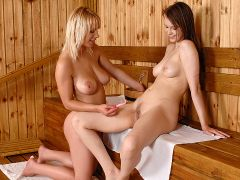 Beata gets her pussy shaved