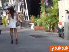 Amateur Asian lured money by horny tourist in the streets