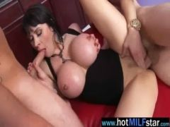 Sex Tape With Nasty Milf Nailed By Monster Dick video-11