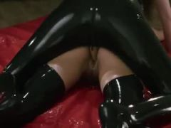 Amazing schoolgirl babes trying to fuck with strapon