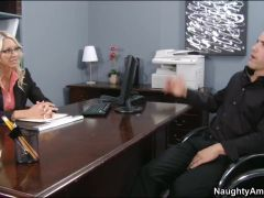 Emma Starr & Derrick Pierce in Naughty Office