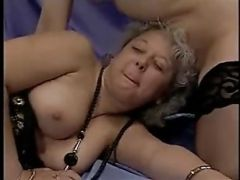 Granny Babe In A Threesome With Some Pissing