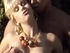 Vintage porn blonde photoshoot