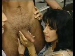 2 HARLOTS RECEIVE DRILLED