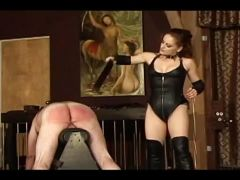 Mistress gemini showin her horny slave the meaning of pain