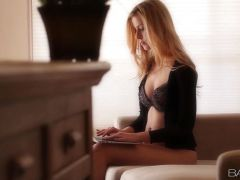 Blonde Abigaile Johnson stripping naked to please herself