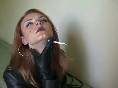 SMOKIN\' in LEATHER .....