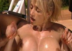 Muscle Woman Gets Double Dick