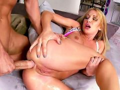 Wanna see how Amy Brooke is getting all of her luscious loving holes fucked hard If your answer is affirmative then see this scene where she sucks, ge