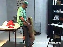 Young Blonde Fucks The Old Veterinarian And Gets Oral Cumshot