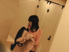 Straight and sexy japanese girl is ing in the toilet