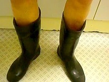 nlboots - busy in rubber boots