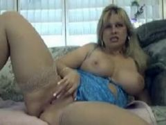 Sleazy mature webcams during the day