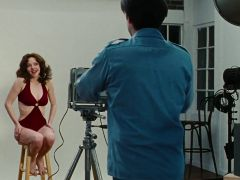 Amanda Seyfried stripped scenes