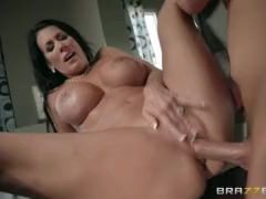 Step son catches Reagan Foxx in the shower - Brazzers