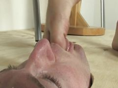 Face trample and foot fetish