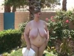 Curvy Sharon Outside Excercise