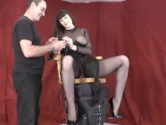 Servitude Muff Diving Chair