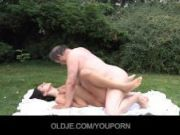 Old codger gets nice fuck with young girl outside