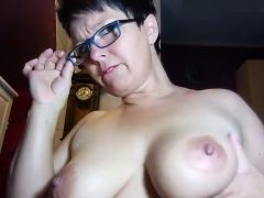I am posing on webcam in this huge tit amateur vid