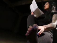 Kinky Christy Mack Gives erotic Footjob And sits onto A zonker