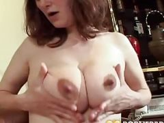 Pregnant hottie fucks for facial