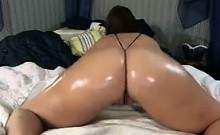 Cam Slut With An Oiled Up Ass