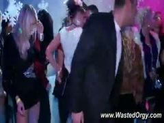 blowjobs at party with party girls