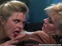 Best Lezzy fuck in the office