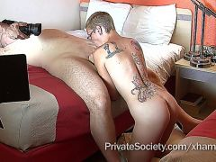 Shorthaired Amteur Milf With A Skinny Sensataional Body Gets Pounded